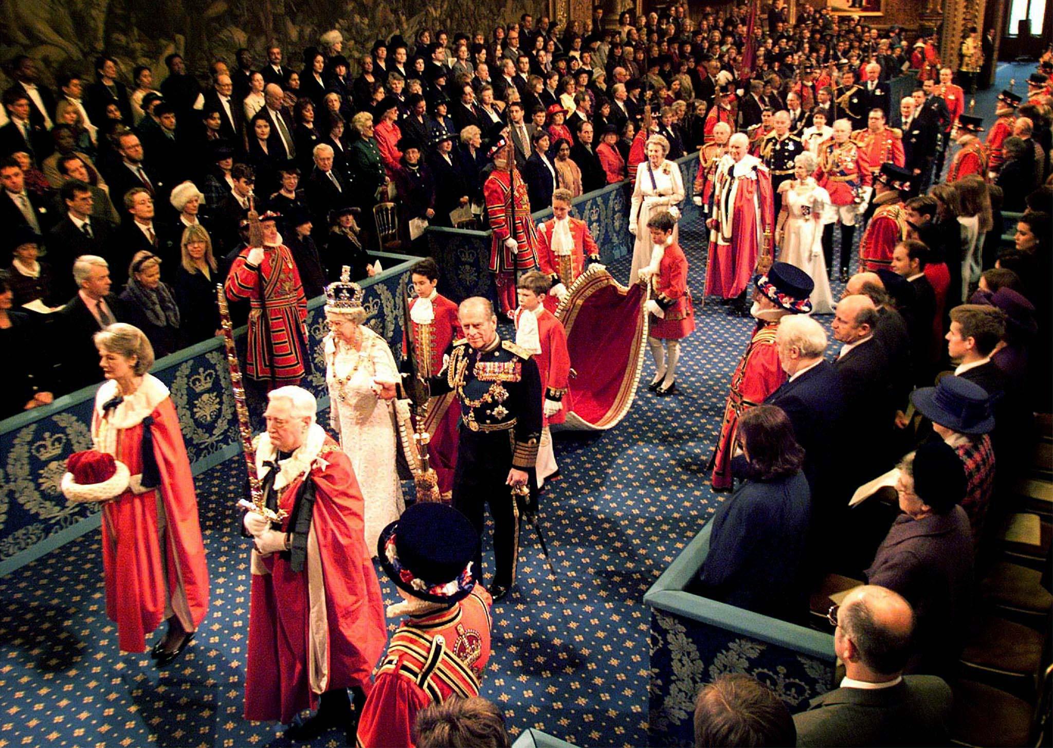 Na cerimónia de abertura do Parlamento britânico em Novembro de 1998