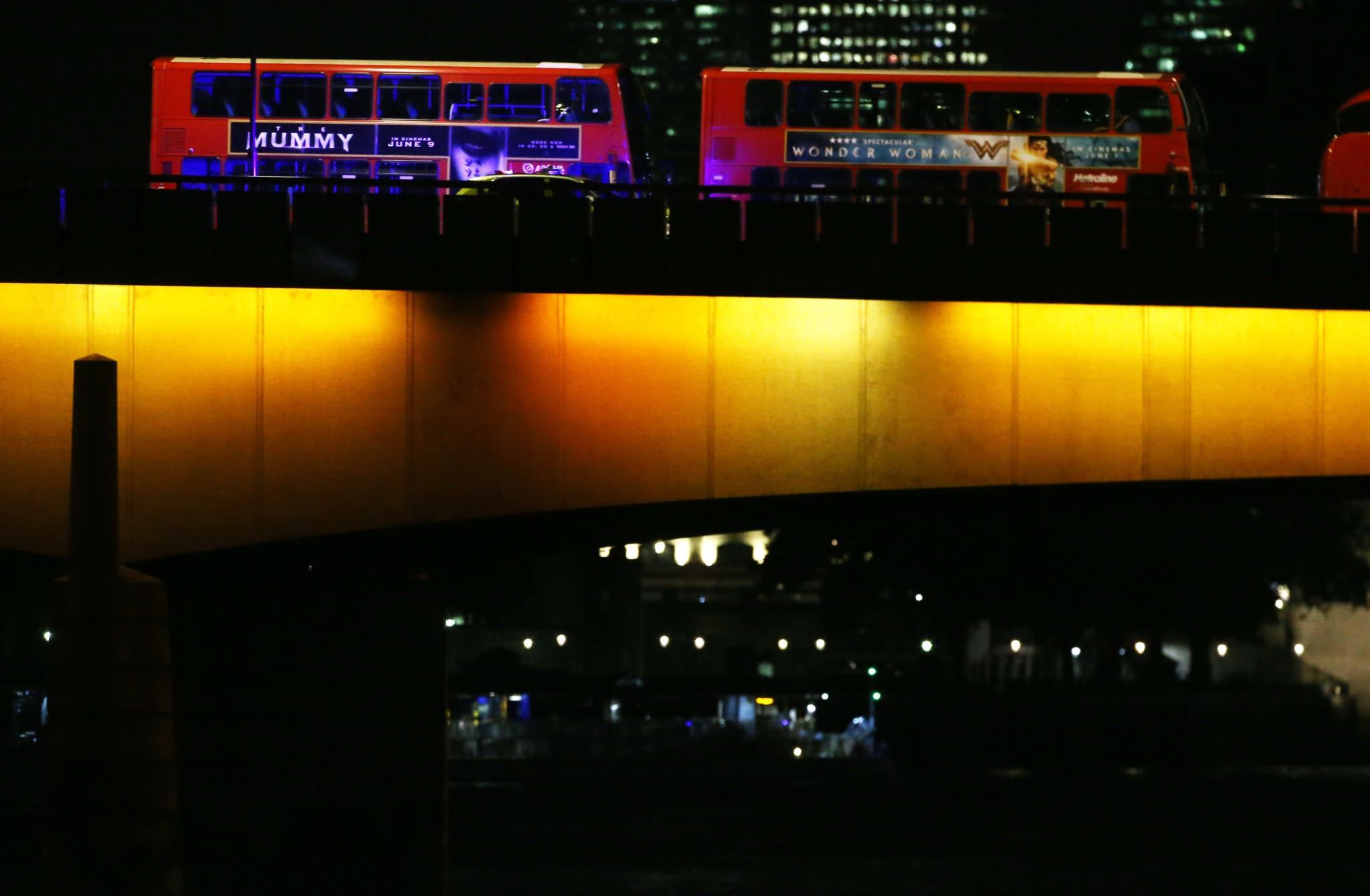 Uma vista da Ponte de Londres