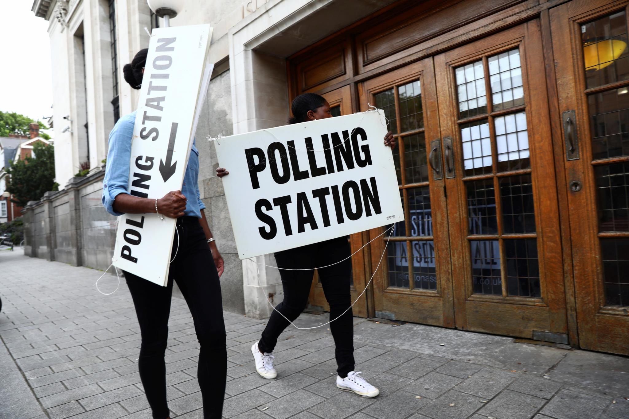 Os locais de voto foram assinalados nas últimas horas antes da chamada às urnas