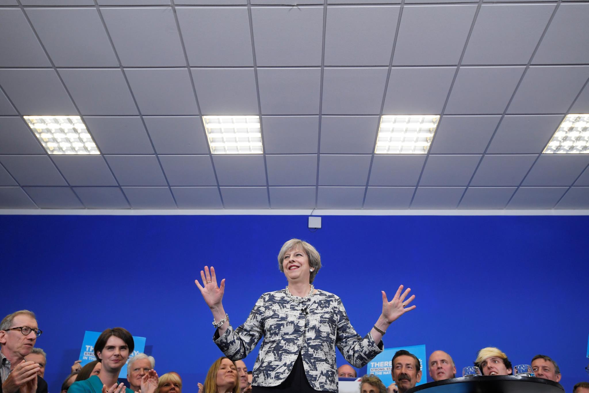 Theresa May, primeira-ministra e líder do Partido Conservador, num discurso aos apiantes em Norwich