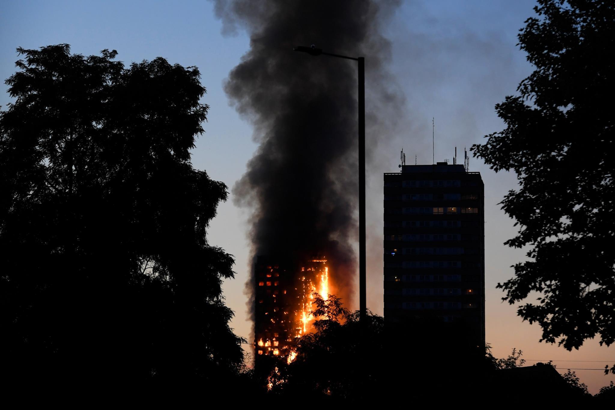 24 andares em chamas: a manhã infernal de Londres