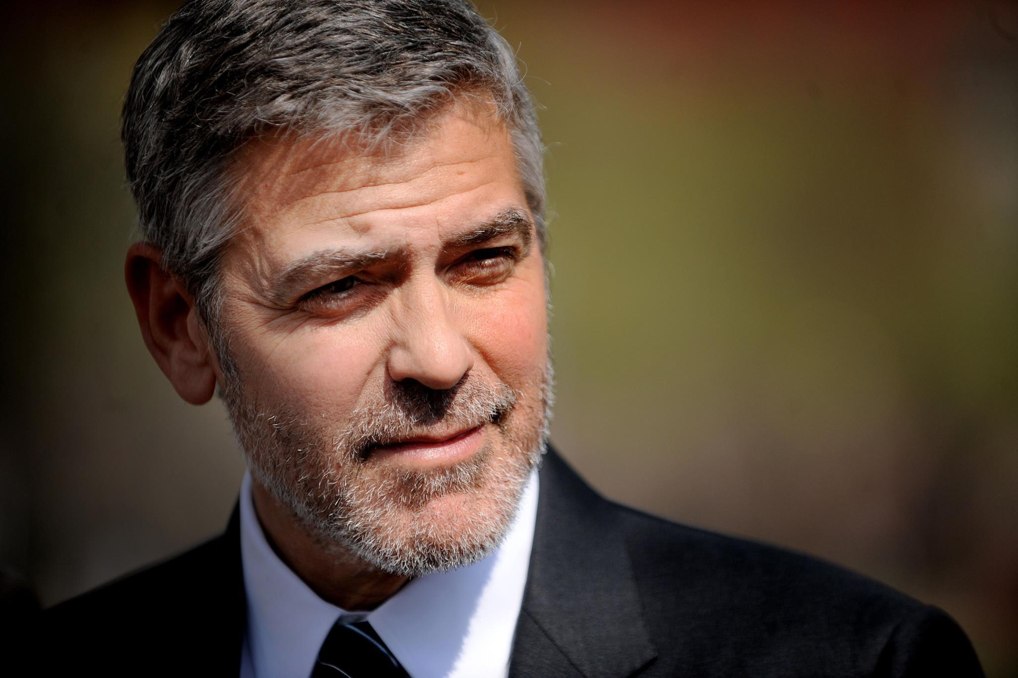 PÚBLICO - Mil milhões de dólares é quanto vale a tequila de George Clooney