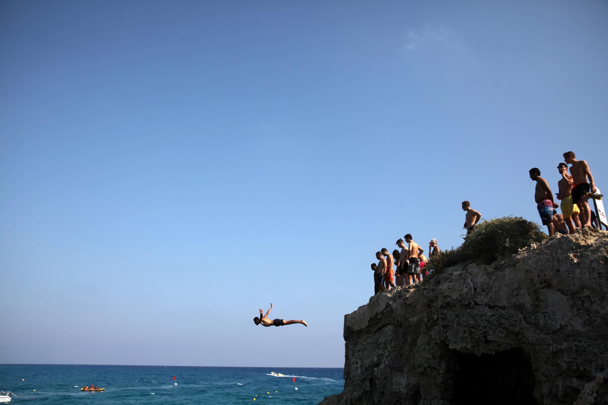 Praia em Ayia Napa, Chipre