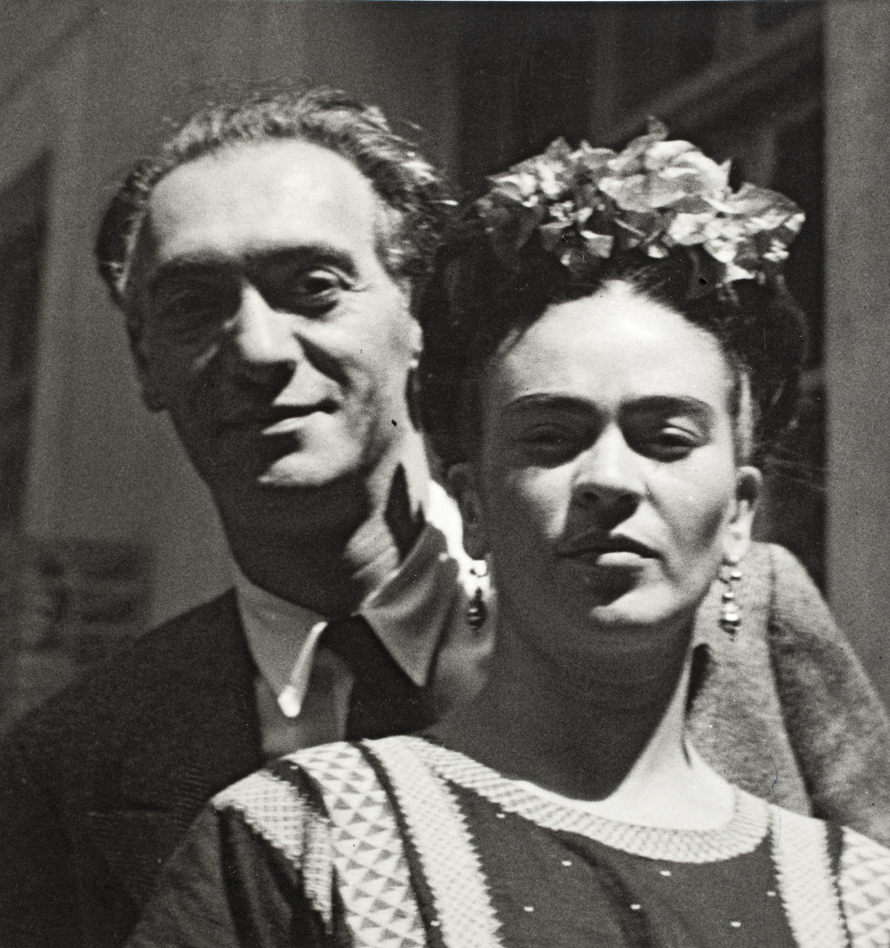 Nickolas  Muray  e  Frida  Kahlo,  por  Nickolas  Muray,  1939  ©  Museu  Frida  Kahlo