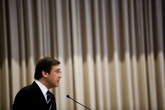 PÚBLICO - Passos responsabiliza Menezes pela derrota do PSD em Gaia