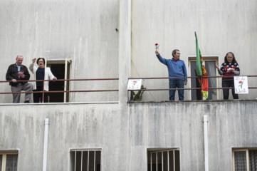 PÚBLICO - No Bairro da Bouça, a <i>Grândola</i> está à janela