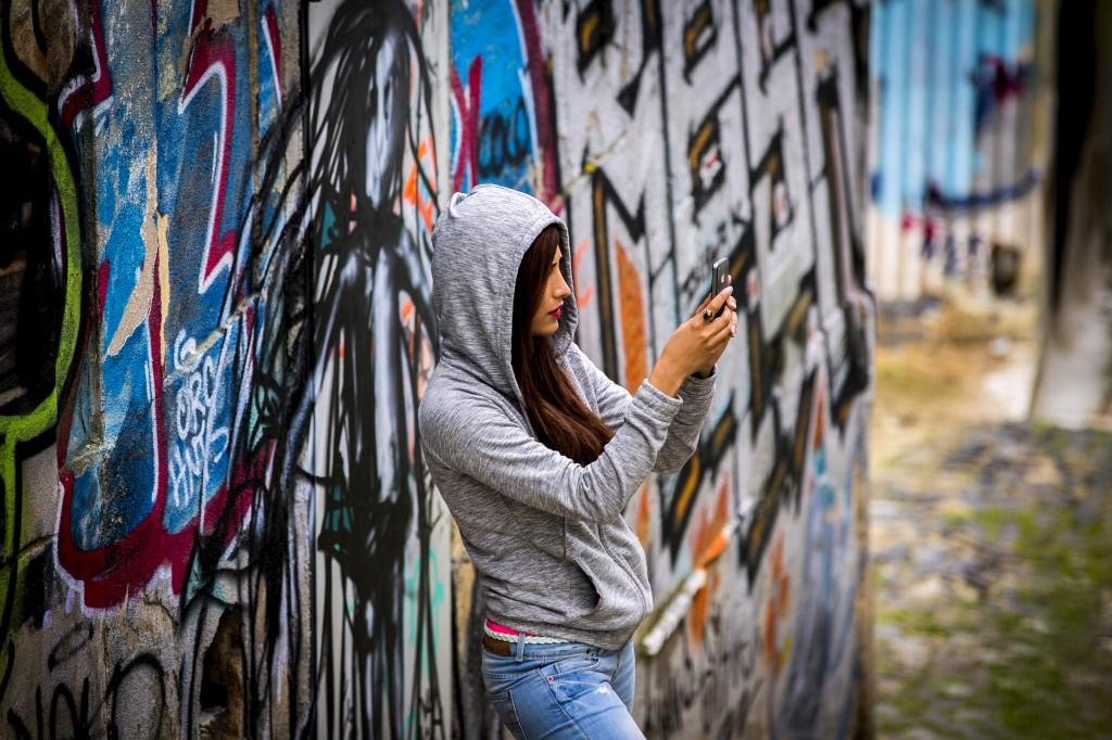 """Um """"selfie"""" da actriz Shruti Haasan, que se fotografa numa pausa na Graça"""