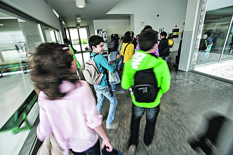 Mais de 60% dos alunos com necessidades educativas especiais são rapazes