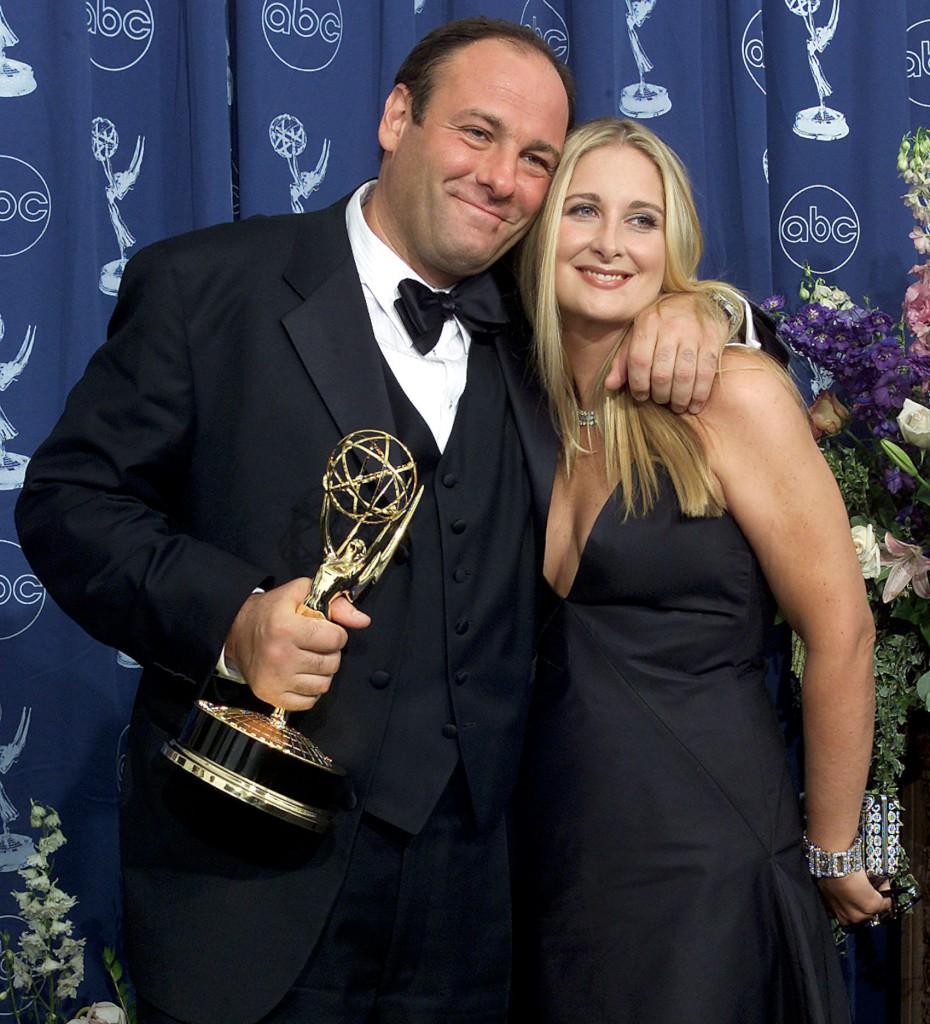 James Gandolfini com a sua mulher Marcy, na cerimónia de entrega dos Emmys, em 2000
