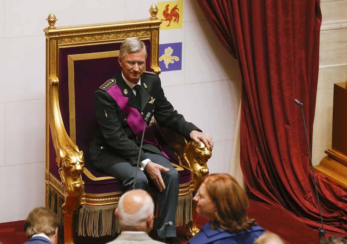 O novo rei, depois do juramento no Parlamento