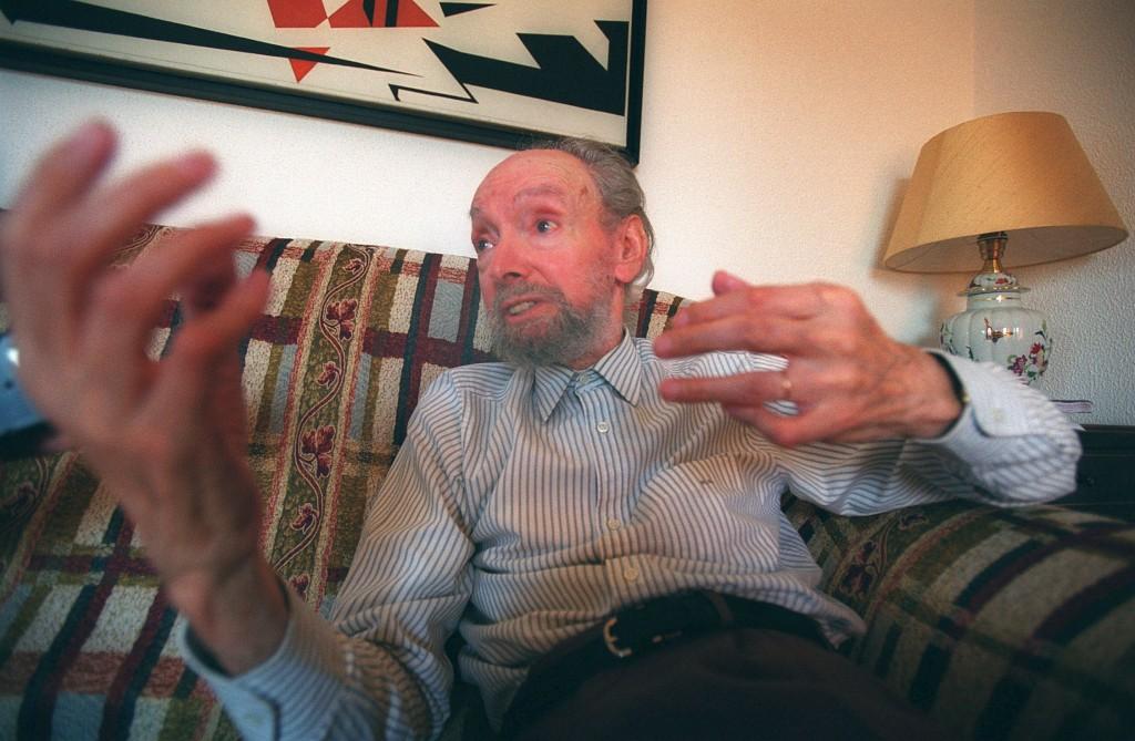 O artista em 2002