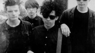 Os Jesus & Mary Chain, em 1986 demasiado famosos para serem incluídos em <i>C86</i>, figuram agora na <i>Deluxe Edition</i>