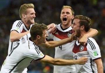 PÚBLICO - A Alemanha começou a ganhar o Mundial há 14 anos