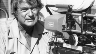 """Andrew V. McLaglen, que morreu sábado aos 94 anos, especializou-se """"totalmente por acaso"""" nos <i>westerns</i>"""