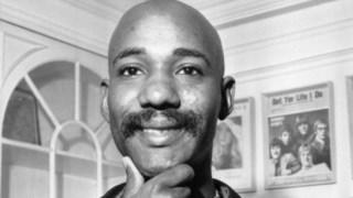 Nascido na Jamaica, Errol Brown emigrou aos 12 anos para Londres, onde construíria todo seu percurso musical